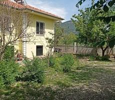 Dalaman karacalı mah satılık 528 m2 arsası olan müstakil villa
