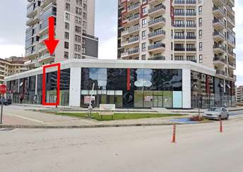 1984- ELFİ DEN 23 NİSAN CITY-224'TE KİRALIK 260 m² MERKEZİ DÜKKA
