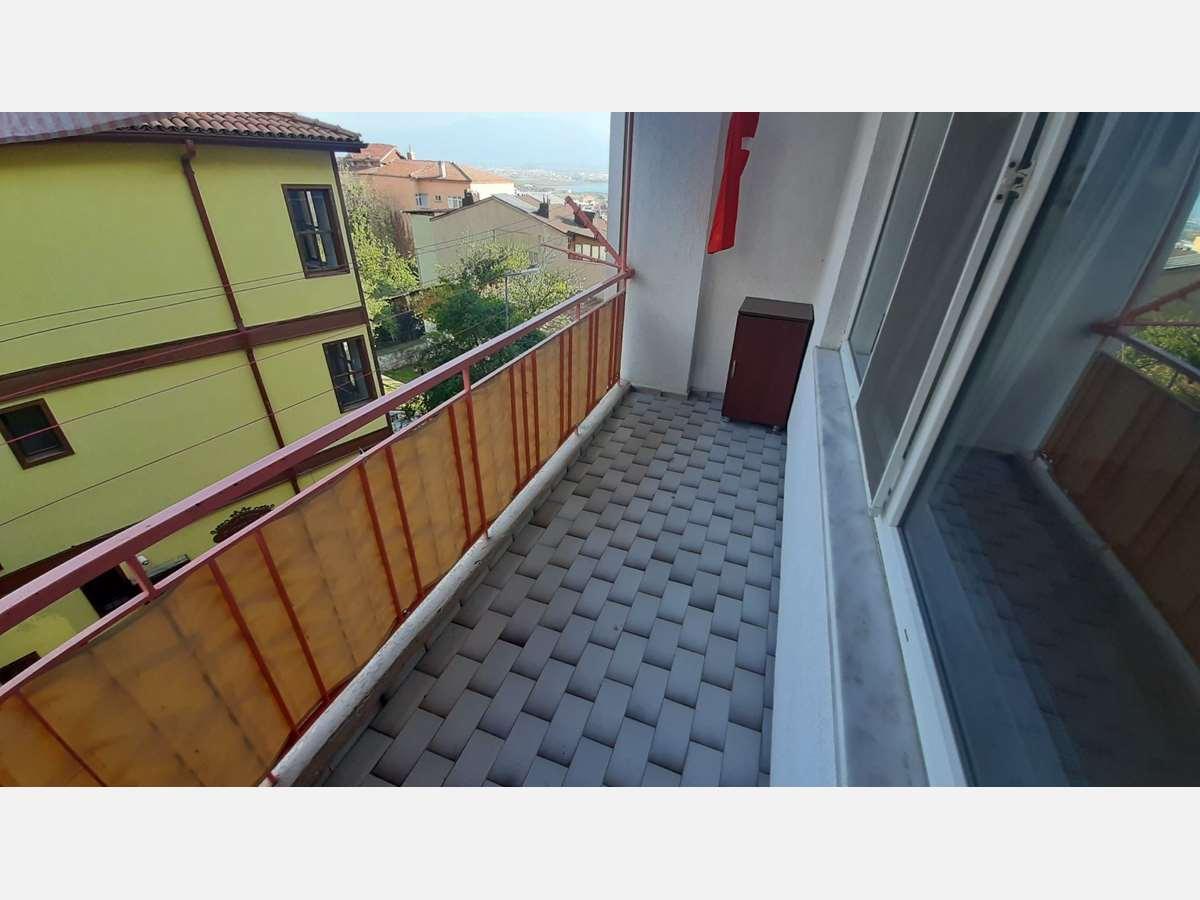 İZMİT MERKEZ 'DE ARA KAT 2+1 95 m² SATILIK DAİRE - 9