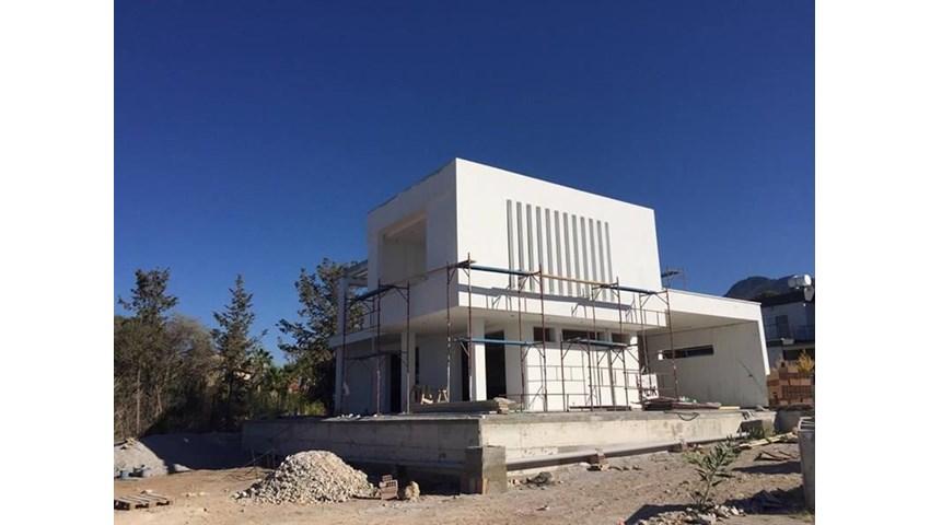 Girne Çatalköy'de modern dizayn 4+1 lüks villa görseli