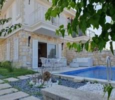 İzmir Çeşme Paşalimanı Satılık Villa