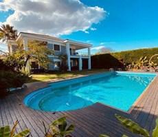 Çeşme Mamurbaba' da Müstakil Havuzlu Satılık Lüks Villa