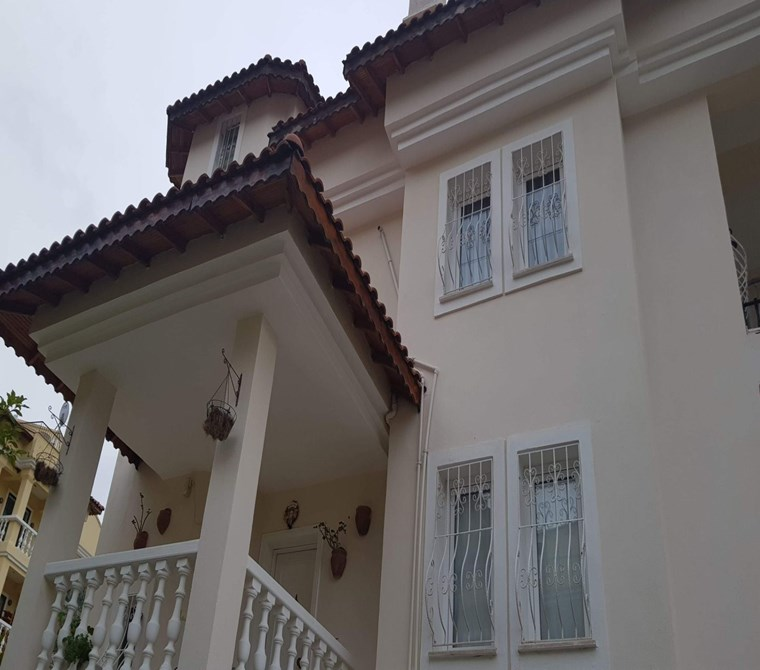 6-Bedroom, 4-Bath Detached Luxury Villa in Üzümlü