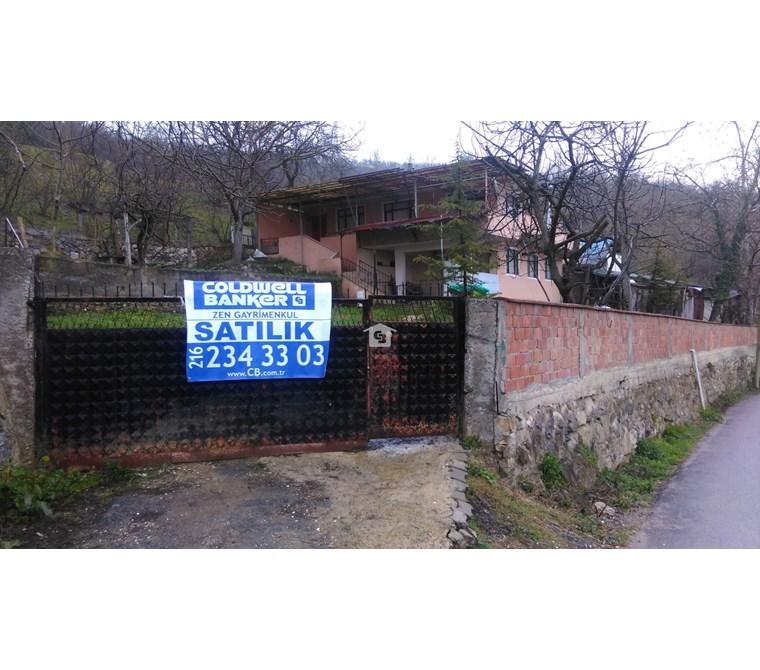Bankadan Satılık Düzce Ballar'da köy evi+arsa+ahır