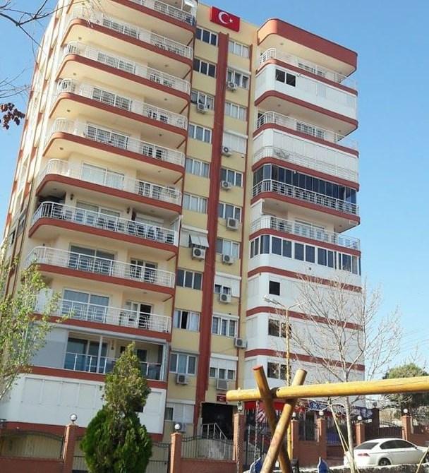 Acele Satılık Bayraklı'da Tamamına Kredi imkanı 150m2 Daire