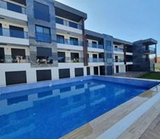 İzmir Çeşme Denize Yakın Havuzlu Lüks Satılık Residence Daireler