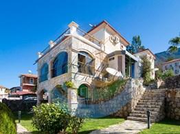 Fethiye Ölüdenizde Muhtesem Panorama Mazaralı Satılık Villa