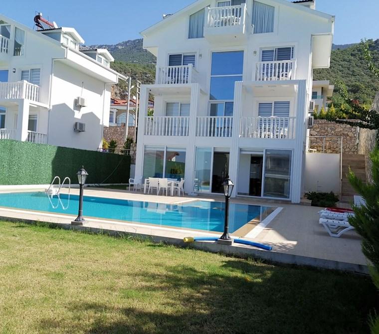 Fethiye Ölüdeniz Ovacık bölgesinde satılık lux villa