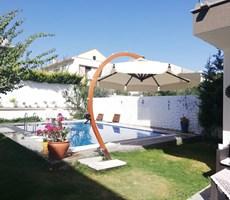 İzmir Çeşme Alaçatı Müstakil Lüks Kiralık Tripleks Villa