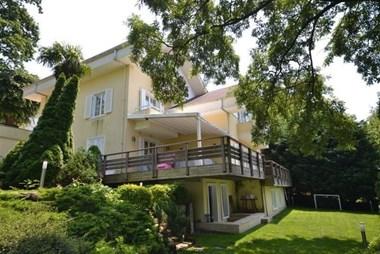 Beykoz Konakları'nda Özel Dekorasyonlu B Tipi Kiralık Villa
