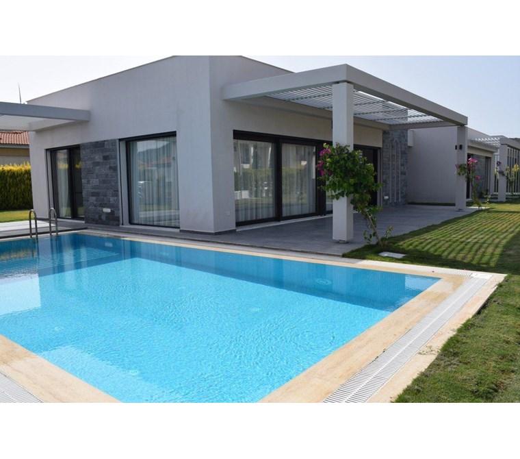 İzmir Çeşme Mahmurbaba Satılık Villa
