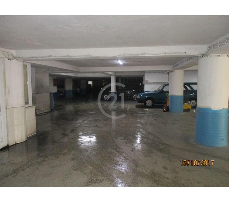 2200 m2 HAZIR KİRACILI FIRSAT OTOPARK