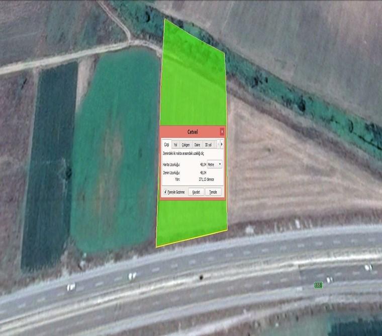 İzmir yoluna cephe Güllücede Acil Satılık 5.200 m2 Tarla.