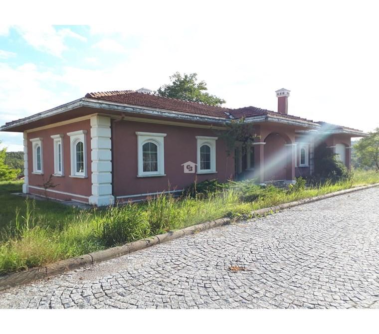 Kocaeli Körfez Enka Country'de Satılık Tek Katlı Villa