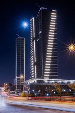 THE PARAGON TOWER ' DA KİRALIK CADDE CEPHELİ DÜKKANLAR