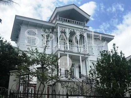 Büyükada'da 2. Derece Tarihi Eser Kiralık Butik Otel