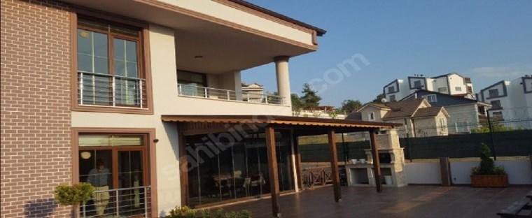 Demircide Satılık 6+2 Muhteşem Villa