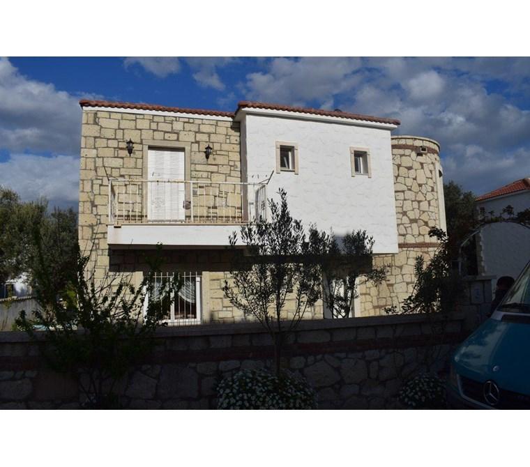 İzmir Çeşme Alaçatı Satılık Villa/Taş Ev