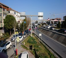 BAHÇELİEVLER E - 5 ÜSTÜ 3+1 140 m2 ARAKAT İŞYERİ