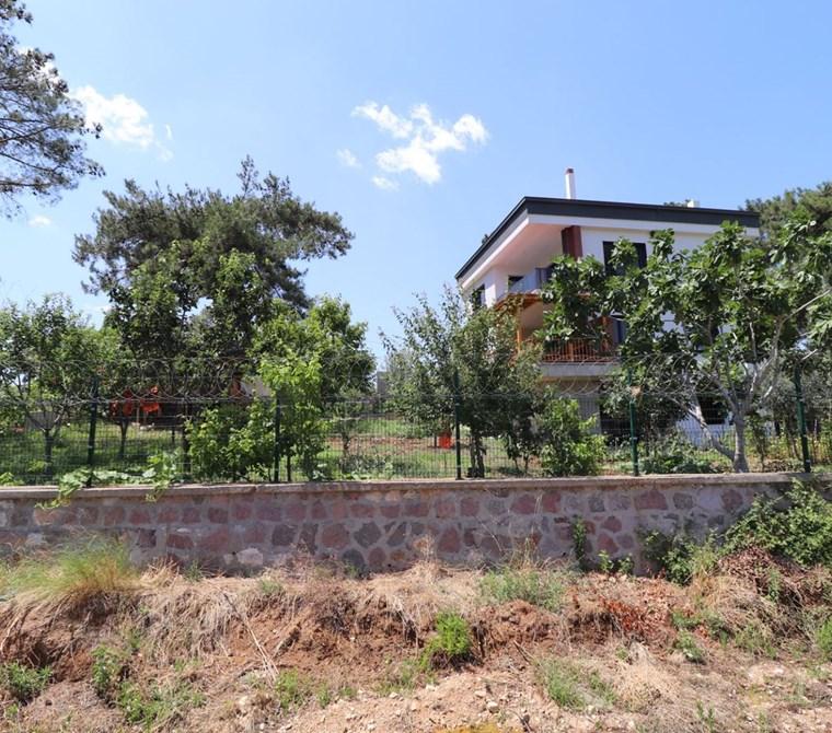 Kemalpaşa Örnekköy'de Satılık 1.116 m2 Villa İmarlı Arsa