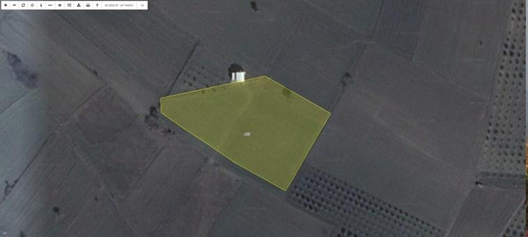 Nilüfer Karacaoba'da Satılık 7.200 m2 Yatırımlık Kıymetli Tarla