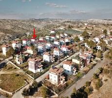 REMAX LOCA'DAN KOCAHAMZALI'DA MERSİN MANZARALI TRİPLEX YAYLA EVİ