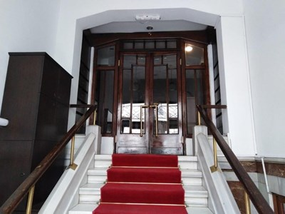 Gümüşsuyu İnönü Caddesi Ankara Palas'ta Kiralık Ofis