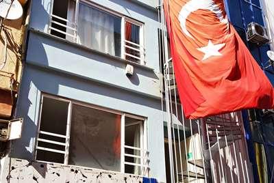 """""""FETHİYE CADDESİNDE KOMPLE KİRALIK BİNA"""""""