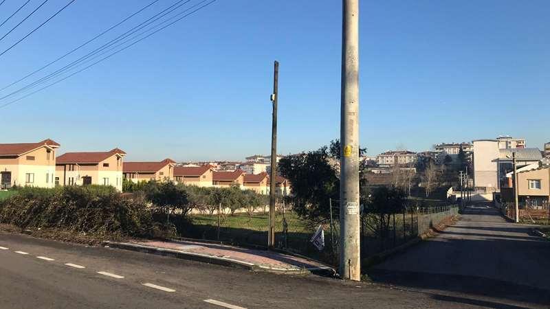 BÖLGEden %40 İmarlı Bayramoğlunda caddeye cephe satılık arsa