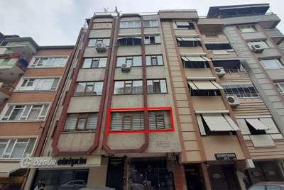 İZMİT ÇARŞI İÇİNDE SATILIK 3+1 120 m² DAİRE