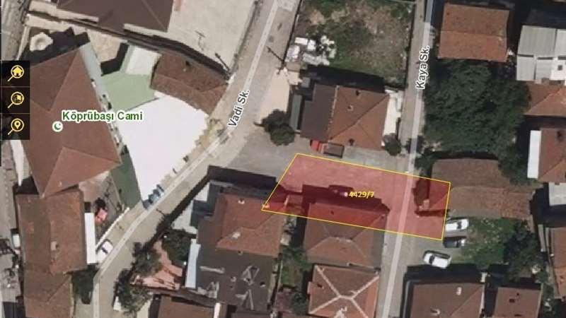 İzmit-Yenidoğan'da 306m2 Konutluk Alan Satılık+Kat Karşılığı