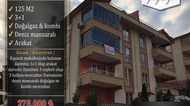 KARAMÜRSEL EMLAK'TAN SATILIK DENİZ MANZARALI ARAKAT DAİRE