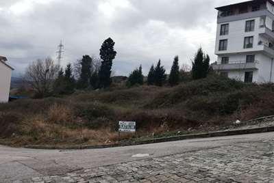 Gölcük Saraylı Piyalepaşa mah. 2 Parsel 1002 m² 3 kat imarlı.