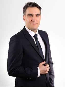 Salih  Erkmen